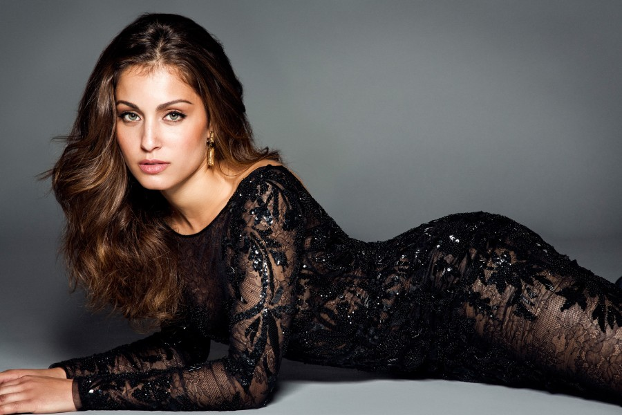Hiba Abouk | A6CINEMA